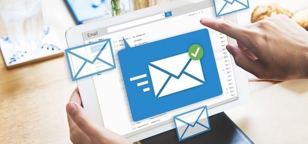 Tài khoản email có tên miền của doanh nghiệp được gọi là email doanh nghiệp