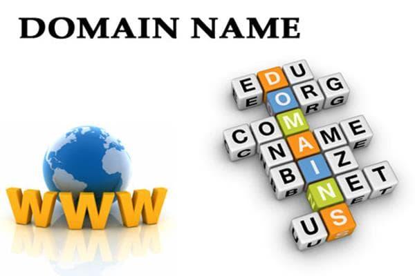 Luôn luôn sử dụng tên miền riêng của bạn khi lập địa chỉ email