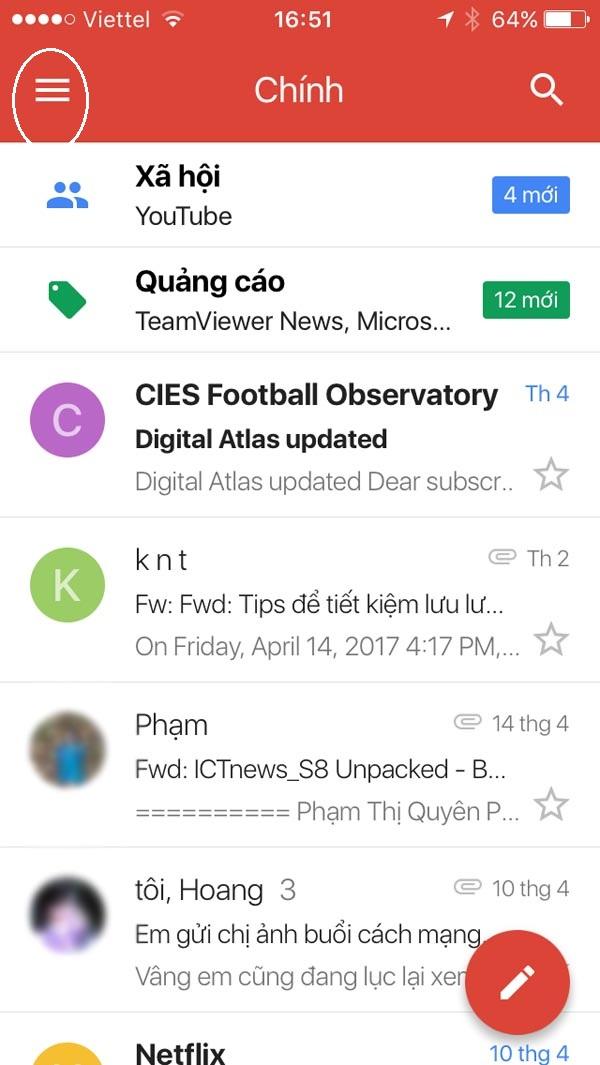 Trong giao diện chính của gmail, chọn biểu tượng danh mục thêm trên góc trái màn hình