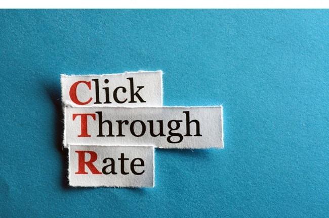 CTR là số lượng khách hàng click vào quảng cáo khi nó xuất hiện